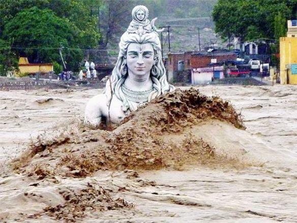submerged-lord-shiva-idol-in-rishikesh-1